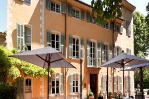 L'Hostellerie de l'Abbaye de la Celle une Maison Ducasse en Provence 10