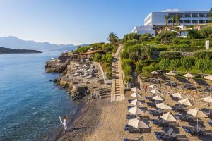 La mer à 360° au Sensimar Minos Palace Hotel Suites en Crète avec petit déjeuner 4
