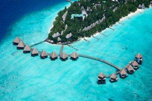 La mer vous berce aux Maldives à l'Adaaran Club Rannalhi 4 8