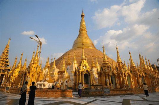 Vacances en famille au Myanmar 1